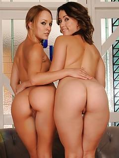 Lesbian Ass Pics