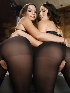Lesbian Pantyhose Pics